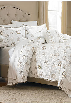 Biltmore For Your Home Howland Quilt Collection