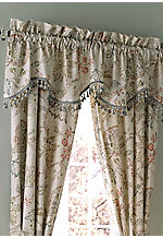 Retreat Aqua Scalloped Valance 75-in. x 17-in.