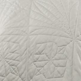 Quilts: White Waterford LISMORE 12X18 IVORY