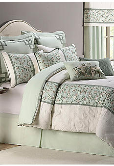 Williamsburg Susannah Bedding Collection