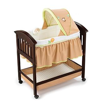 Summer Infant® Classic Comfort™ Wood Bassinet - Sw