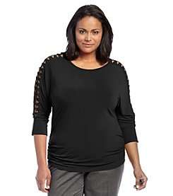 AGB® Plus Size Crochet Trim Top