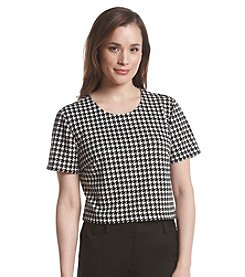 Chelsea & Theodore® Cropped Houndstooth Print Top
