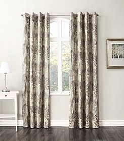 No. 918 Chase Grommet Window Curtain