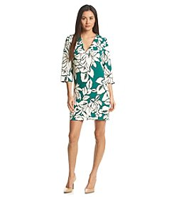 Karen Kane® Magnolia Shift Dress