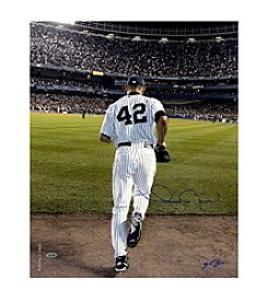 Mariano Rivera Entering the Game Color Photo - Signed