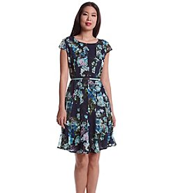 Madison Leigh® Floral Patterned Lace Dress