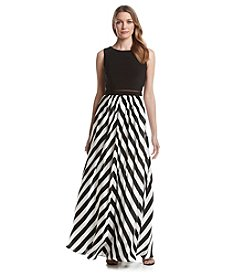 Betsy & Adam® Popover Striped Gown