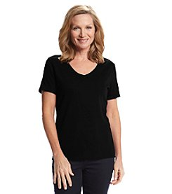 Studio Works® Petites' Solid V-Neck Tee