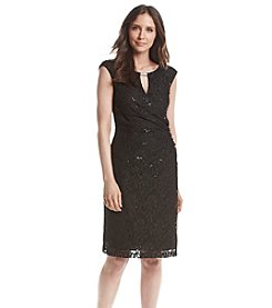 Ronni Nicole® Side Ruched Lace Dress