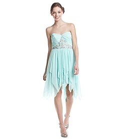 Bee Darlin' Strapless High-Low Dress