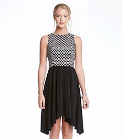 Karen Kane® Contrast Dress