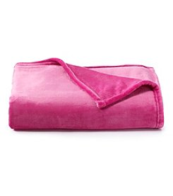 LivingQuarters Fuchsia Luxe Plush Throw