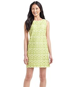 Jessica Howard® Petites' Lace Shift Dress