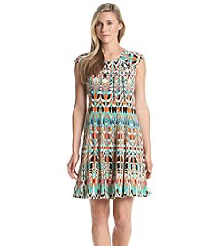 Julian Taylor Geo Print Patterned Shift Dress