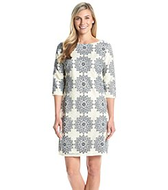 Jessica Howard® Lace Patterned Shift Dress