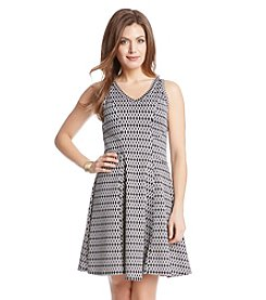 Karen Kane® Chain Link Printed V-Neck Dress