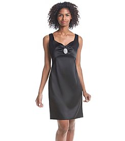 Ronni Nicole® Sleevless Broach Sheath Dress