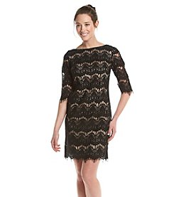 Jessica Howard® Petites' Patterned Lace Shift Dress