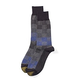 GOLD TOE® Men's Lumberjack Check Dress Socks