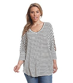 Eyeshadow® Plus Size Stripe Slit Sleeve Tunic