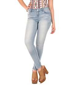 Wallflower® Wonder Push Up Skinny Jeans