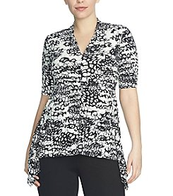 Chaus V-Neck Animal Waves Sharkbite Top