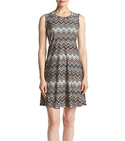 AGB® Zig Zag Print Shift Dress