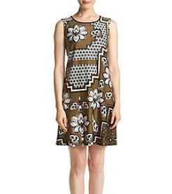 AGB® Floral Print Shift Dress