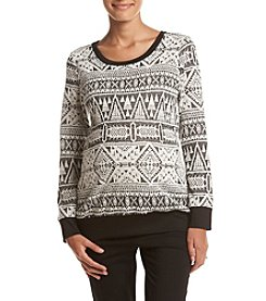 Three Seasons Maternity™ Print Fuzzy Top