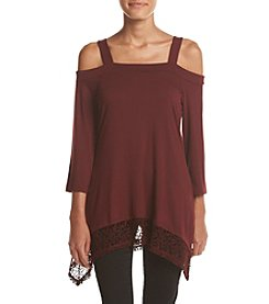 Cupio Solid Cold Shoulder Top