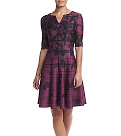Gabby Skye® V-Neck Pattern Dress