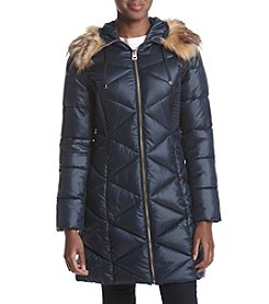 GUESS Diamond Quilted Down Jacket