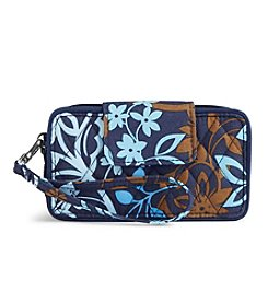 Vera Bradley® Smartphone Wristlet For iPhone 6