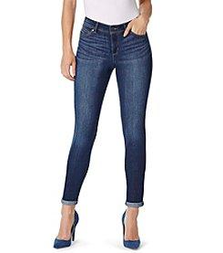 Bandolino® Lisbeth Curvy Ankle Jeans