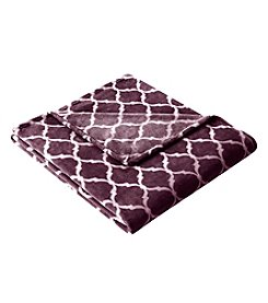 Madison Park™ Ogee Oversized MicroLight Throw