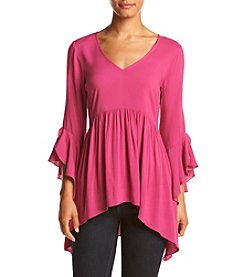 Cupio ® V-Neck Cascade Top