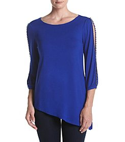 Cupio Asymmetrical Hem Top