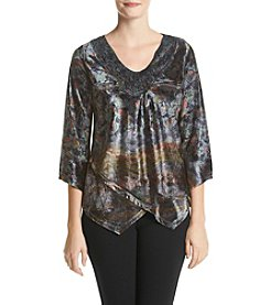 Oneworld® Printed High-Low Top