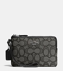 COACH BOXED CORNER ZIP WRISTLET IN SIGNATURE JACQUARD