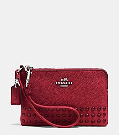 COACH CORNER ZIP WRISTLET IN LACQUER RIVETS PEBBLE LEATHER