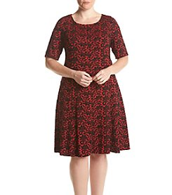 Gabby Skye® Plus Size Leaf Swing Dress