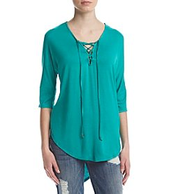 Sequin Hearts® Lace Up 3/4 Sleeve Hi-Lo Tee