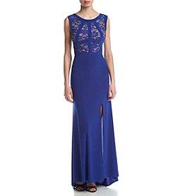 Morgan & Co.® Lace Front T-Swift Body Dress