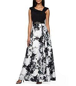 Alex Evenings® Sleeveless Ball Gown