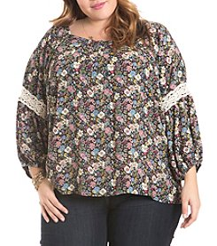 Eyeshadow® Plus Size Crochet Detail Floral Top