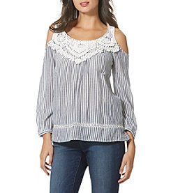 Vintage America Blues™ Lace Cold Shoulder Top