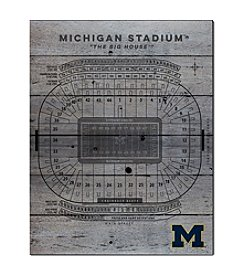 Kindred Hearts NCAA® Michigan Wolverines Stadium Pallet