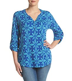Relativity® Plus Size Diamond Flower Henley