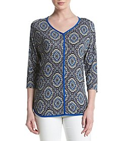 Bobeau® Paisley V-Neck Top